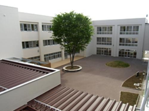 学校、保育園、支所
